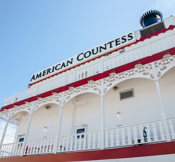 Meet the American Countess